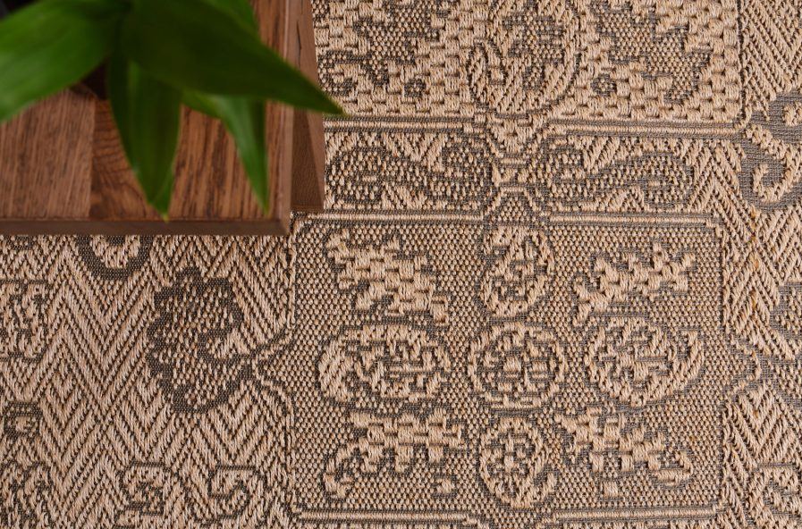 Buy ZEKE DOMINO Rugs Online in India