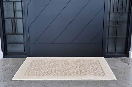 Buy 4 UP DIAMOND WHITE Rugs Online in India
